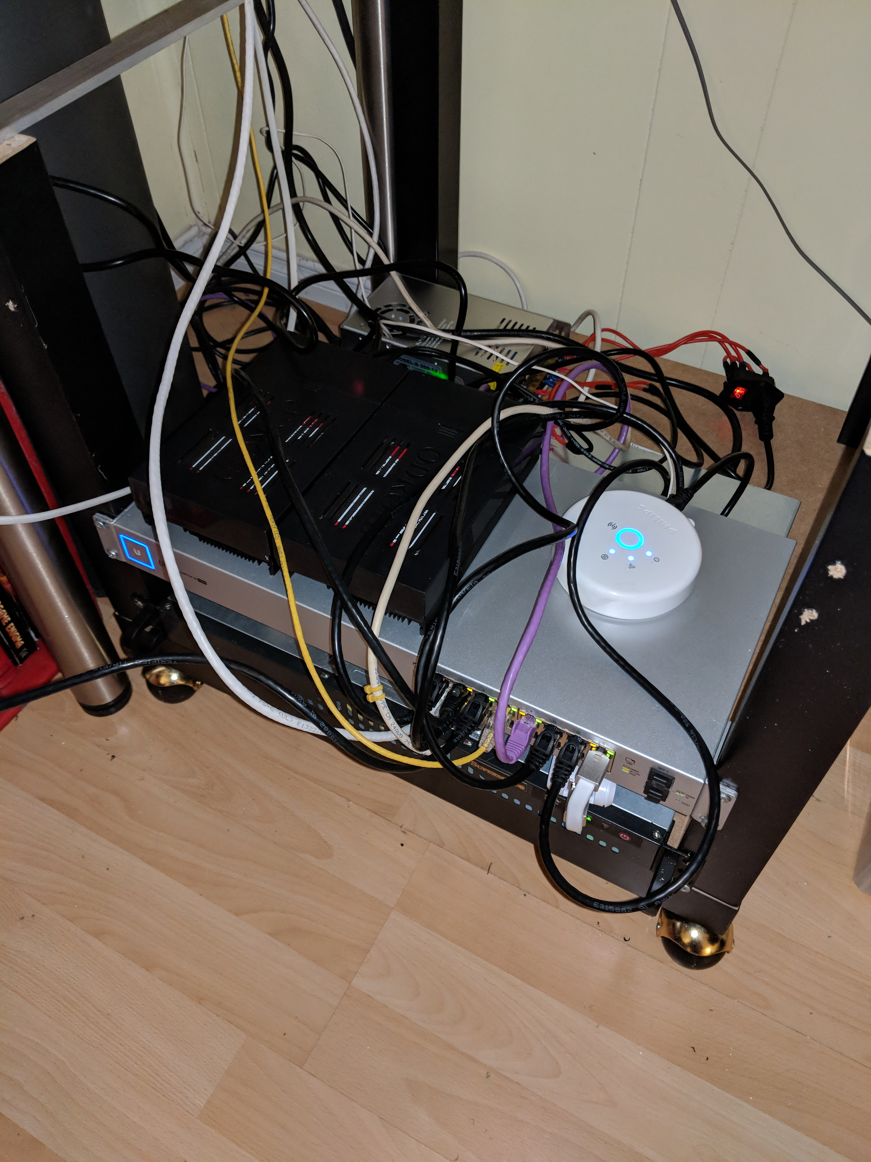 Using two ODROID HC2's to create a small NAS with GLUSTERFS